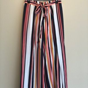 Fun and Funky open wide leg pants